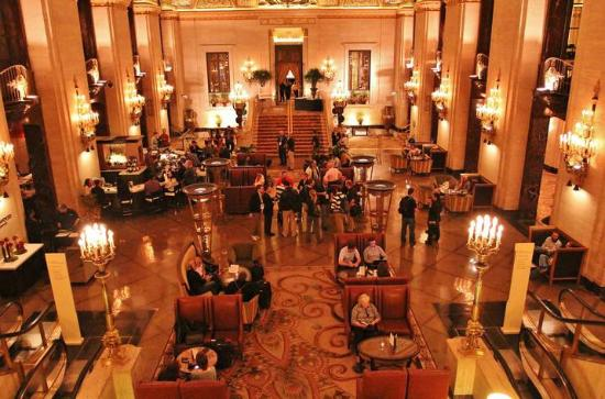 Dining Space at Lockwood Restaurant in the Palmer House Hotel, Chicago [Image: Haute Living]