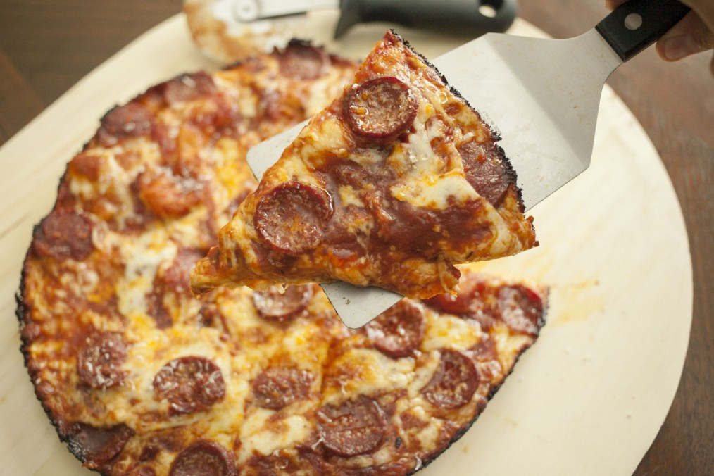 Homemade Pizza: How To Make Awesome Pan Pizza Using Storebought