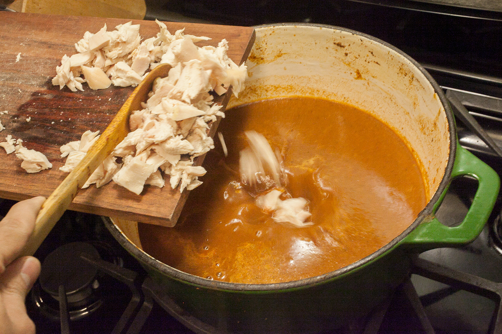 turkey_tortilla_soup_05_add_leftover_turkey_meat