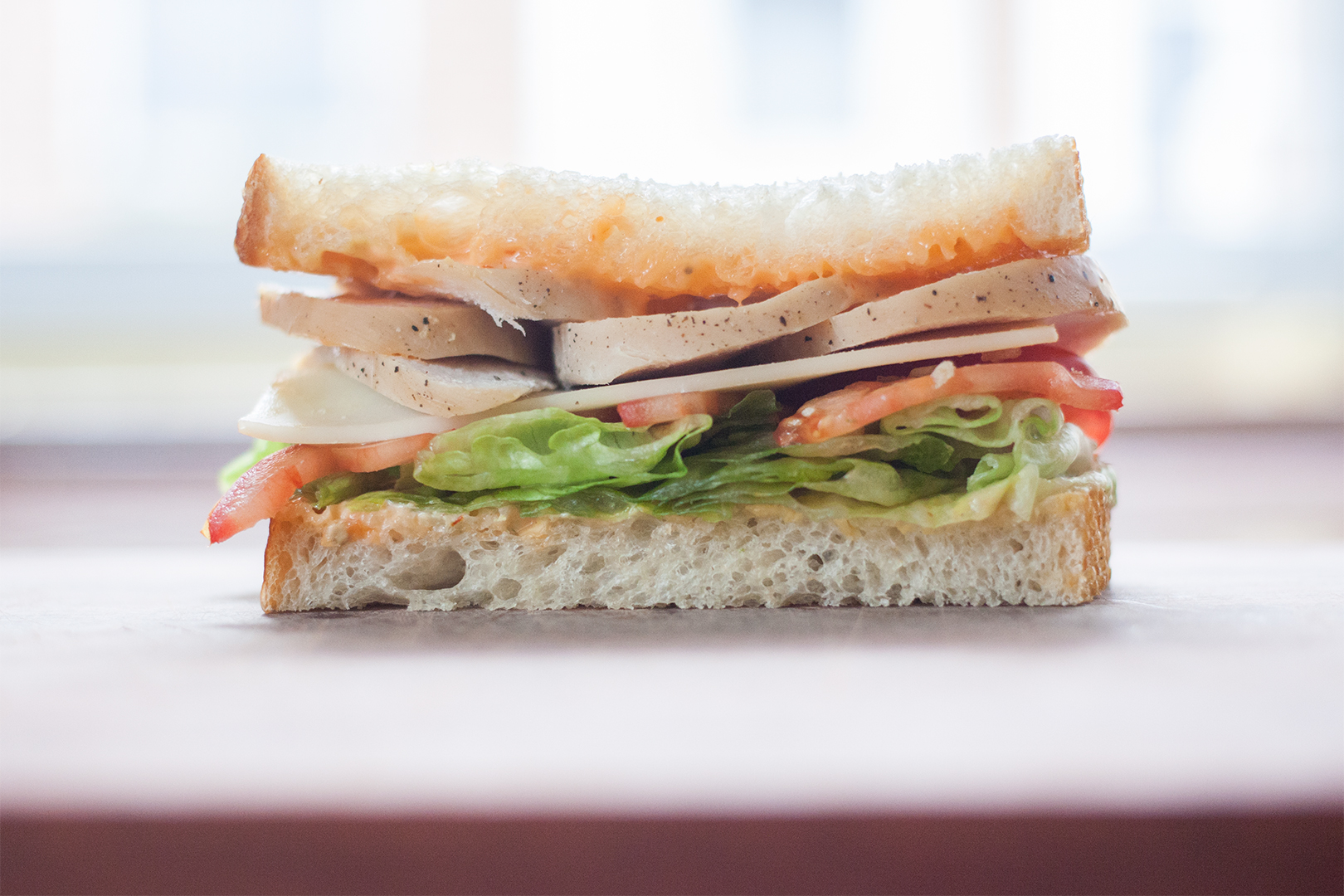 roast_turkey_breast_lunch_meat_05_sandwich_closeup